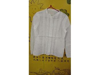 女白色衬衫